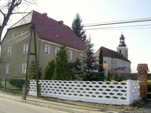 plebania i kościół we Włodarach
